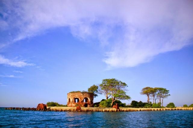Benteng Martelo di Pulau Onrust