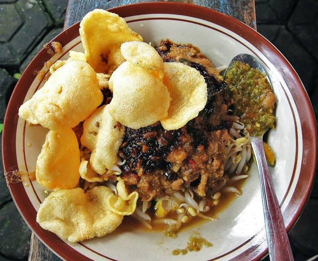 Jangan Lupa Mencicipi Kulinernya, Ke Cianjur Belum Lengkap Tanpa Makan Tauge Tauco Atau Geco.