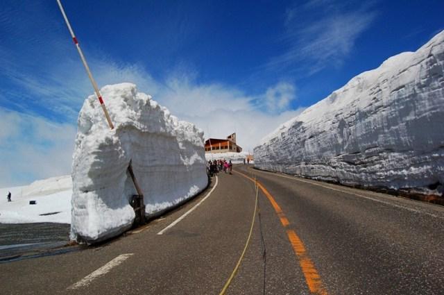 Bisa juga main ski di Gunung Tateyama.Bisa juga main ski di Gunung Tateyama.
