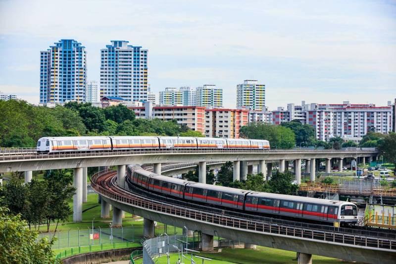 Naik MRT jika ingin lebih hemat keliling singapura!
