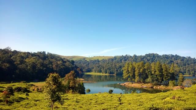 Situ Patenggang, Danau Ditengah Lautan Kebun Teh.