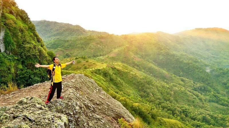 Gunung Budeg ini adalah salah satu wisata gunung di Tulungagung by @sony_rohman