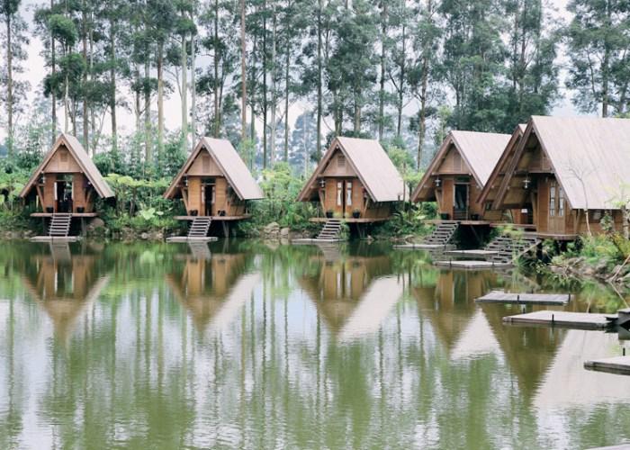 Rekomendasi Restoran Di Bandung Dengan Pemandangan Yang Begitu Luar Biasa!