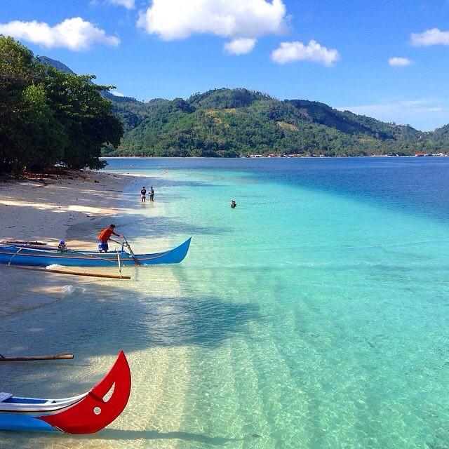 Pantai Pulau Kiluan, Lampung, Sumatra
