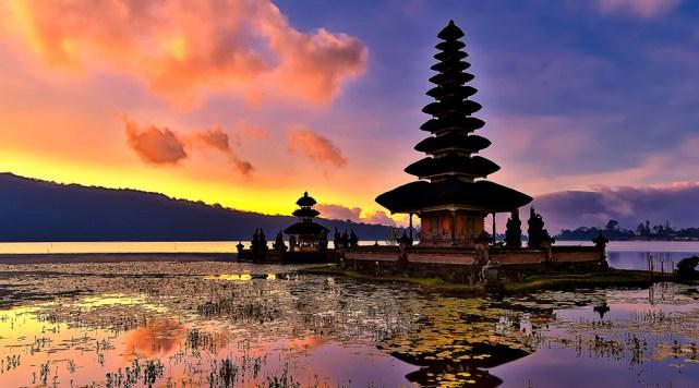 Pura Ulun Danu Beratan, Bali yang sangat foto genic (sumber)