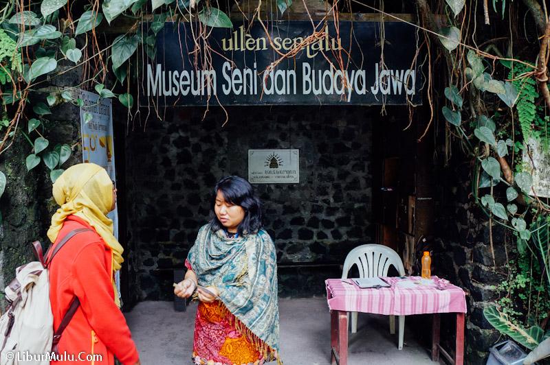 Pintu Masuk Menuju Museum Ullen Sentalu