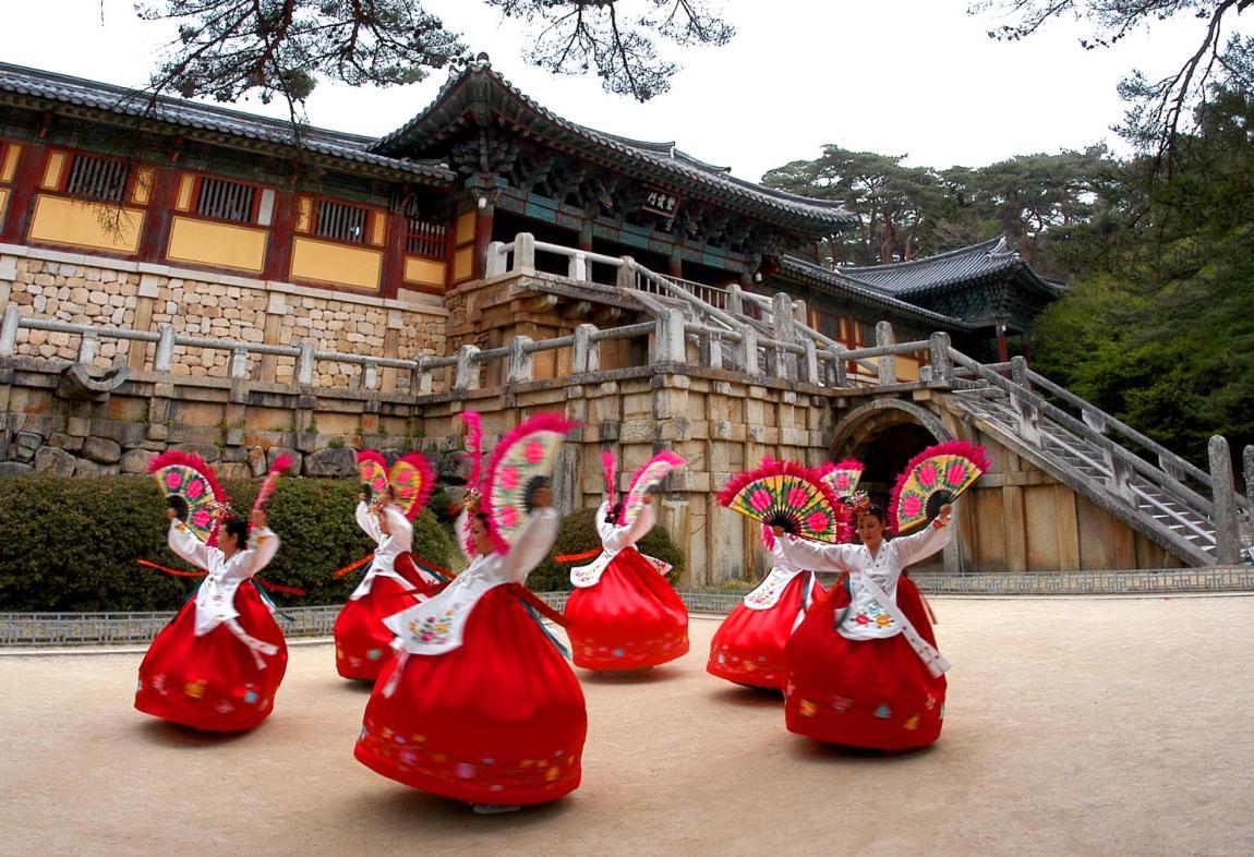 Tari Tradisional Dari Korea Selatan