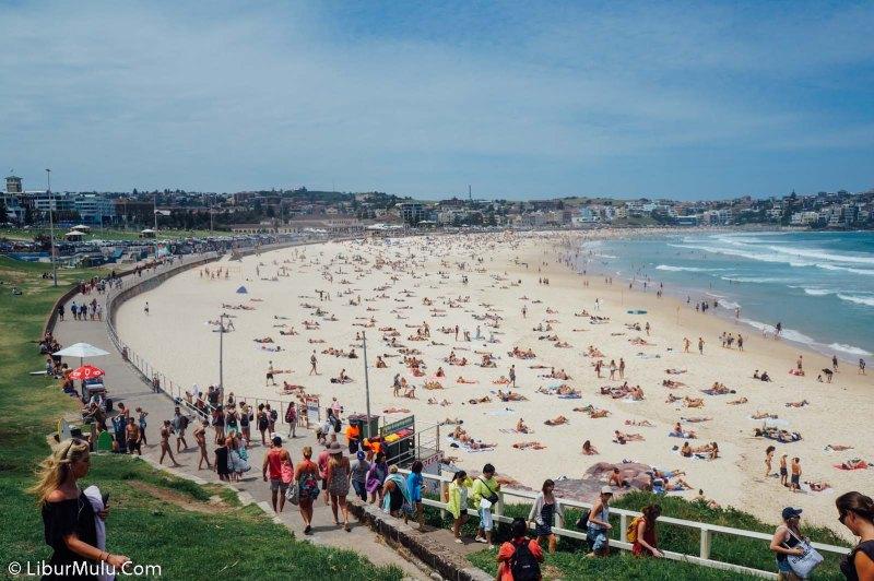 Ke Australia harus mengunjungi Bondi Beach