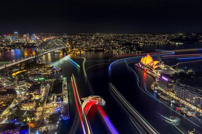Vivid Sydney adalah festival musik populer, kembang api dan Ide di Australia, festival ini berlangsung pada tanggal 27 May – 18 June 2016 ini.