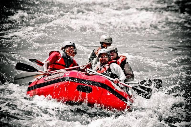 Penyuka Pacu Adrenalin Pasti Nggak Nolak Kalau Diajak Liburan Ke Sungai Citarik