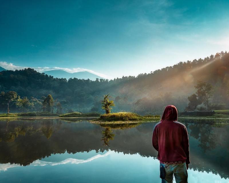Suka Danau Dan Gunung, Kenapa Nggak Coba Main Ke Situ Gunung!