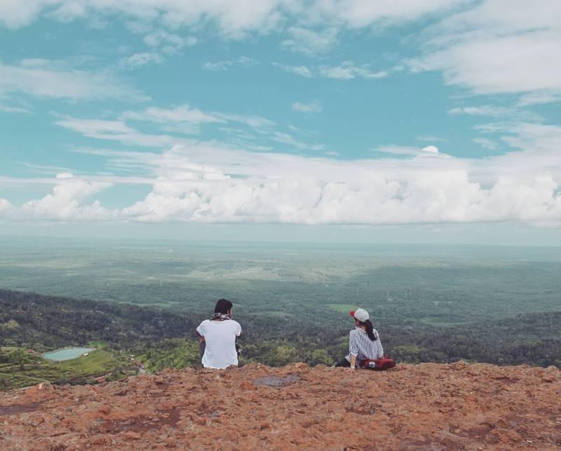 Bertualang sekaligus menikmati pemandangan di Gunung Api Purba Nglanggeran