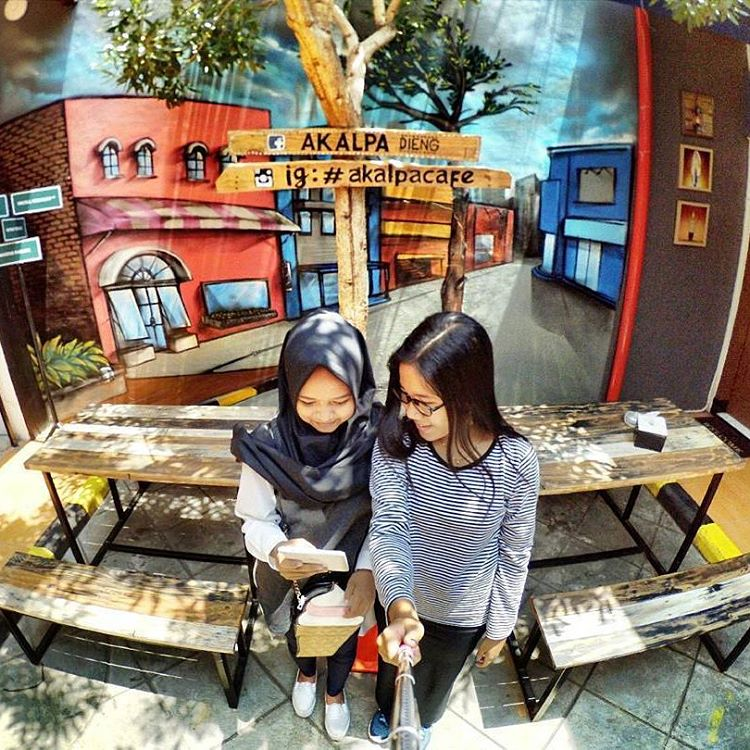 Bingung Nongkrong Di Malang? Ini Dia 17 Cafe Restoran Unik Terbaik Di Malang Wajib Kalian Kunjungi!