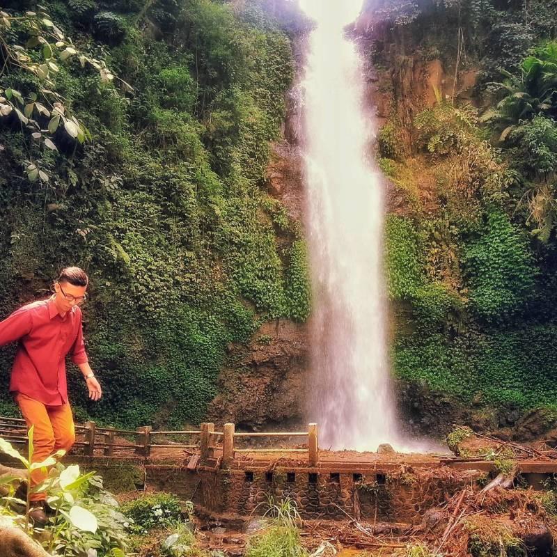 Keren kan air terjun di Malang yang satu ini? via @yonnynugrahadi