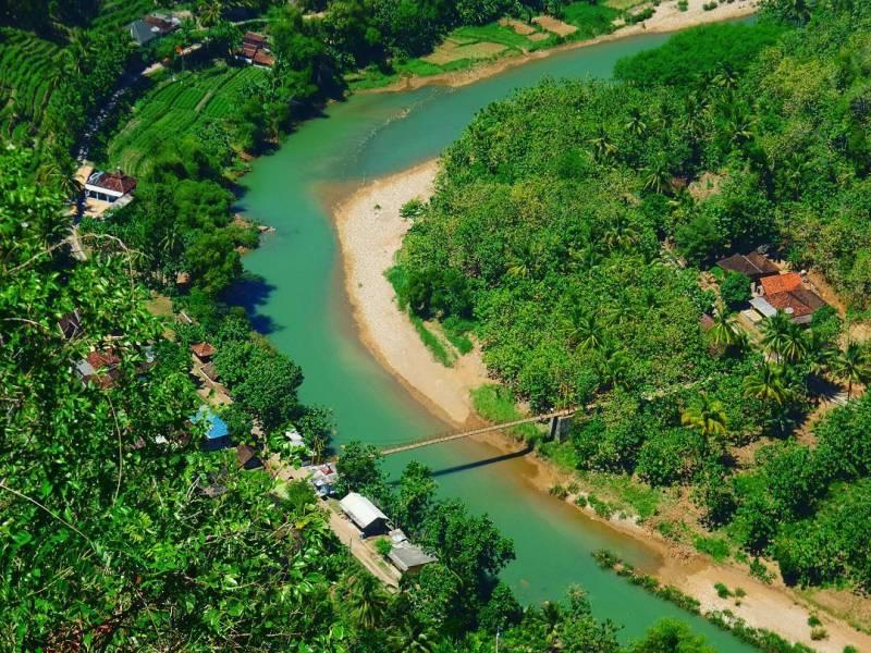 Pemandangan cantik dari tempat wisata keren Yogyakarta!, ada yang tahu sungai apa ini? via IG @angelray8