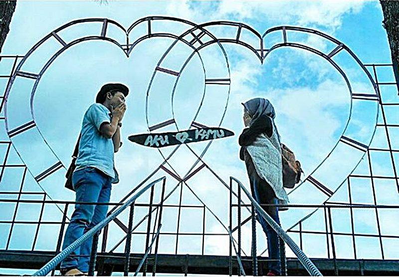 Sayangnya, tempat wisata Bukit Asmara di Banjarnegara ini kurang jomblo friendly via IG @agusz_bramasta