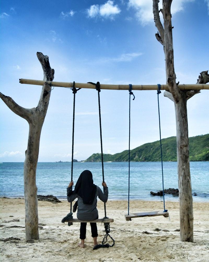 Pantai di Lombok itu indah ya