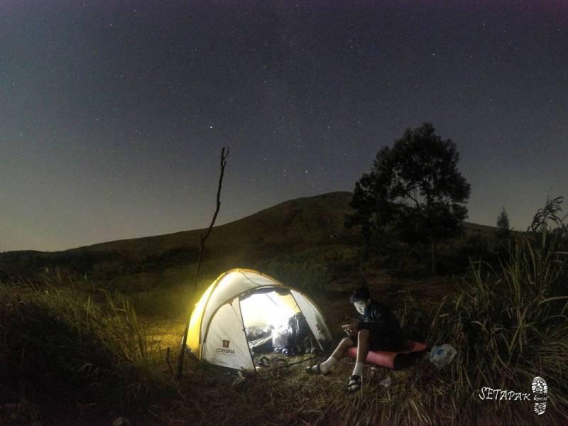 Gunung Penanggungan Dengan Ketinggian 1.653 mdpl di Mojokerto by IG @setapakkecil