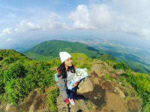 Gunung Ungaran Di Semarang Dengan ketinggian 2.050 mdpl by IG @dede_octapio