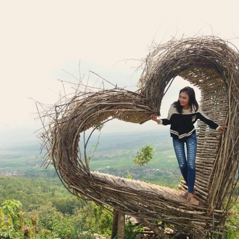 Meski sedang jomblo, bukan berarti kalian tak boleh berkunjung kesini ya! by @vivie_dinantya