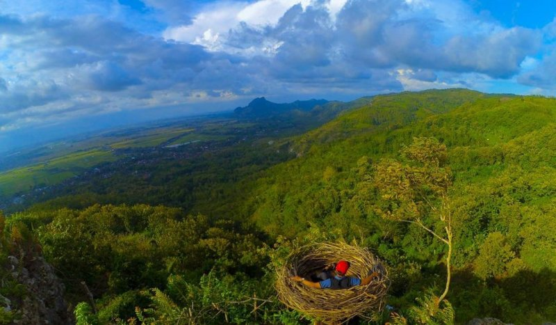 This Singles Hill is one of the coolest hills in Tulungagung by @arifka_efendi