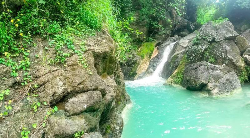 Bisa dilihat bukan bagaimana segarnya kolam alami ini by @vikri_dwi_rian