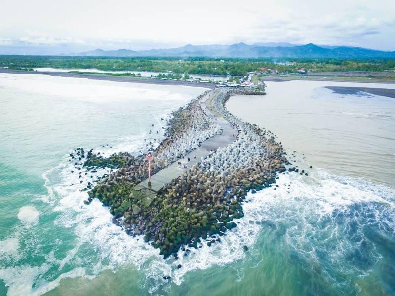 Pantai Glagah, pantai terindah di jogja yang berada di Kulon Progo, Yogyakarta @alammumu