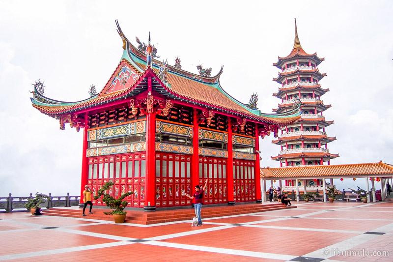 chin swee temple - sky terrace & pagoda