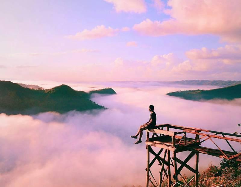 Kalau liburan ke Bukit Pangguk kalian bisa memenuhi feed Instagram dengan foto seperti ini nih! via @totohandoko