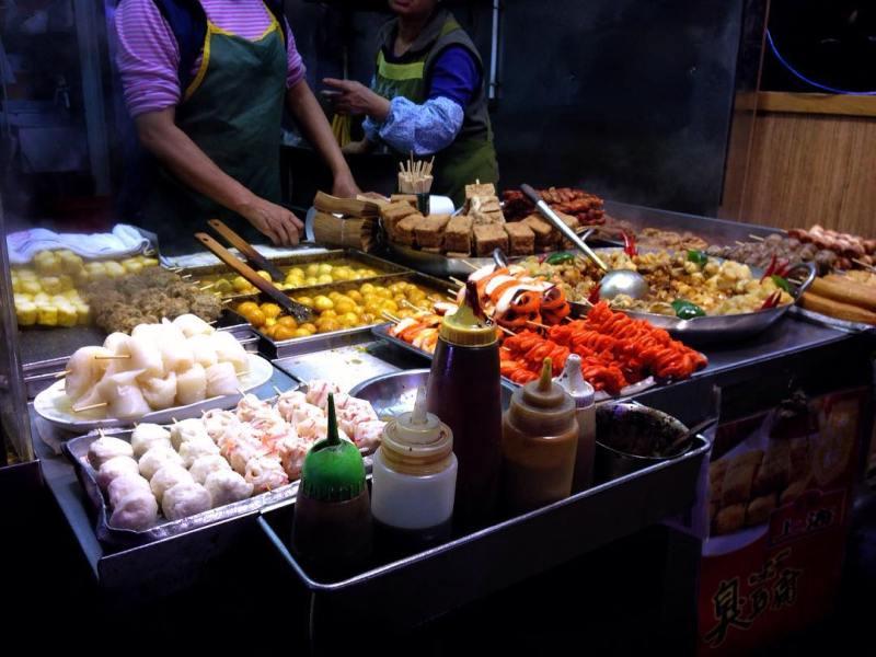 Jika kamu penyuka kuliner asia, berburu kuliner di Hong Kong adalah suatu keharusan! via instagram @t3rm