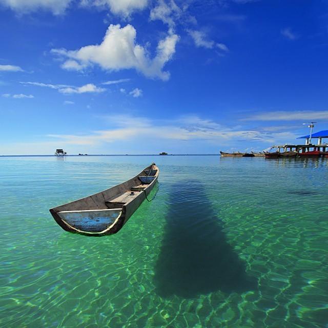 Pantai Trikora, Pulau Bintan, Kepulauan Riau
