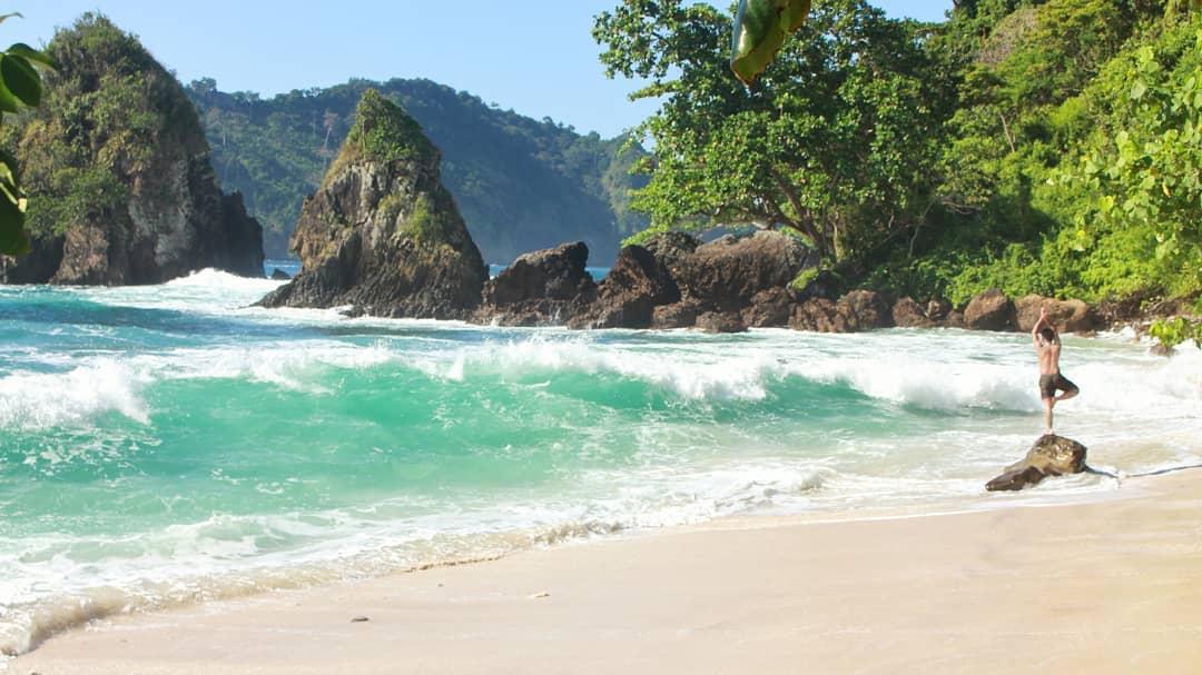 Pantai di Malang yang belum terjamah, Pantai Wedi Putih.