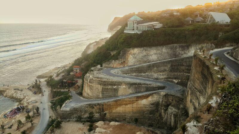 Pantai Melasti, Primadona baru Pantai Di Bali.