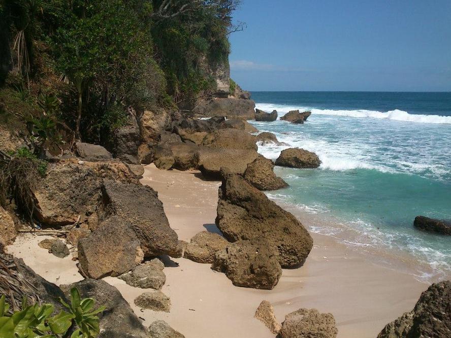 Pantai di Malang yang belum terjamah, Pantai Ngombak.