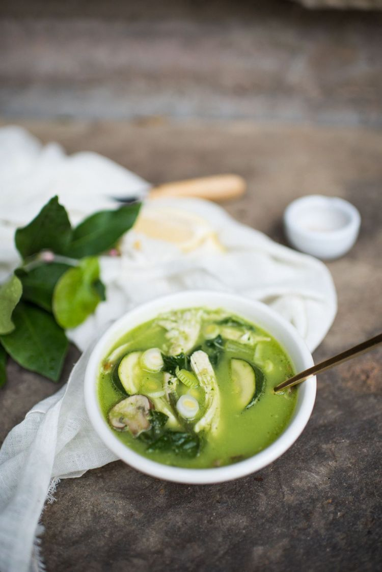 Green Breakfast Soup (AIP/Paleo/Sugar Free)