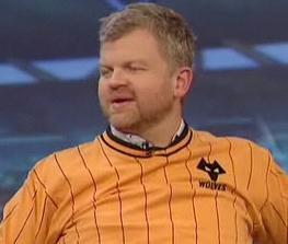 Adrian Chiles in a Wolves shirt on Match of the Day 2