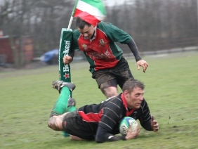 Craig Goodall scores a try for Burntwood RUFC