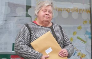 Cllr Di Evans preparing to submit the petition over Burntwood's new health centre