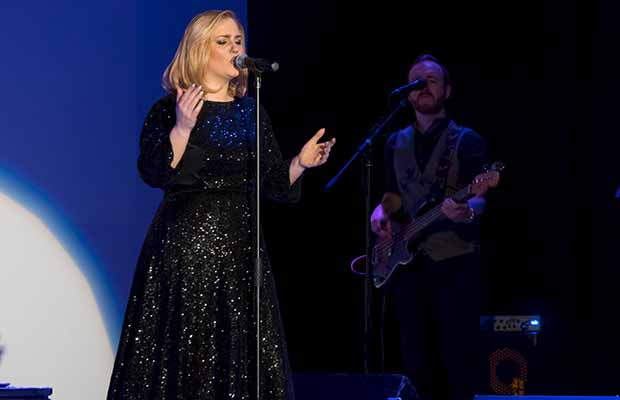 Katie Markham performing as Adele