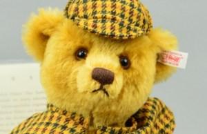 The Sherlock Holmes bear