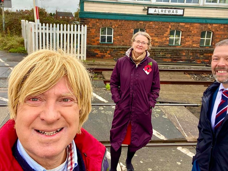 Michael Fabricant, Philippa Rawlinson and Malcolm Holmes next to the railway line near Alrewas