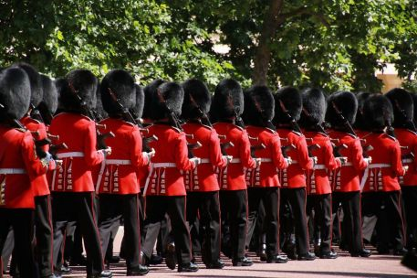 Trooping The Colour Queen´s Guards