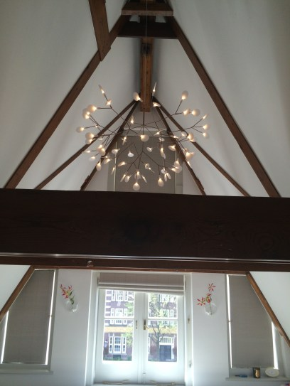 Oplossing voor hoge plafonds in herenhuis