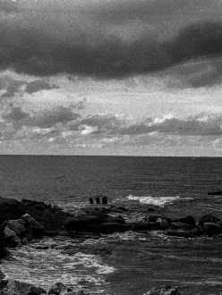 paesaggio di mare foto in bianco e nero