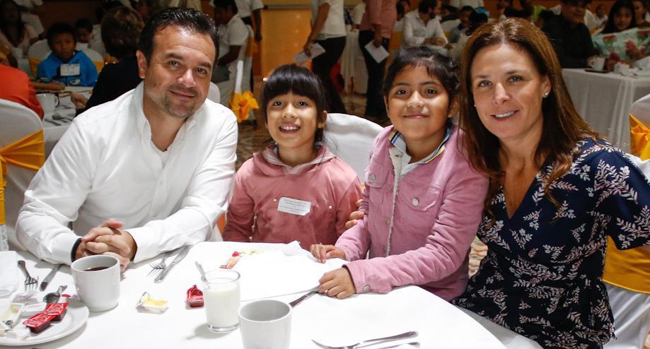 Con apoyo de la sociedad rescatamos el programa de Desayunos Escolares: Pedro Joaquín