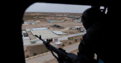 Primer ministro iraquí asegura que Irán le avisó del ataque contra bases
