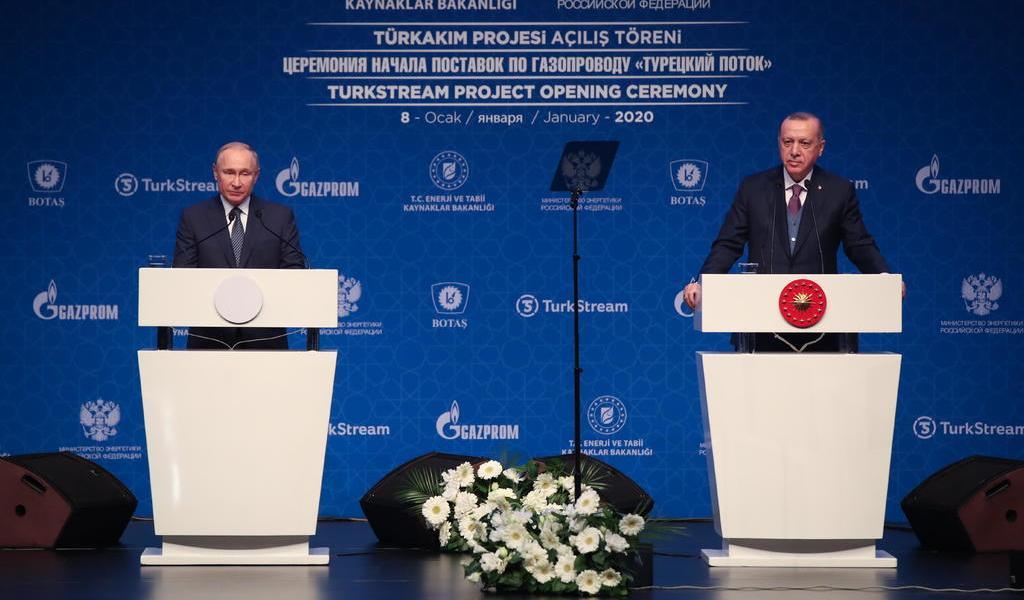 <div>Putin y Erdogan, 'profundamente preocupados' por tensión entre EUA e Irán</div>