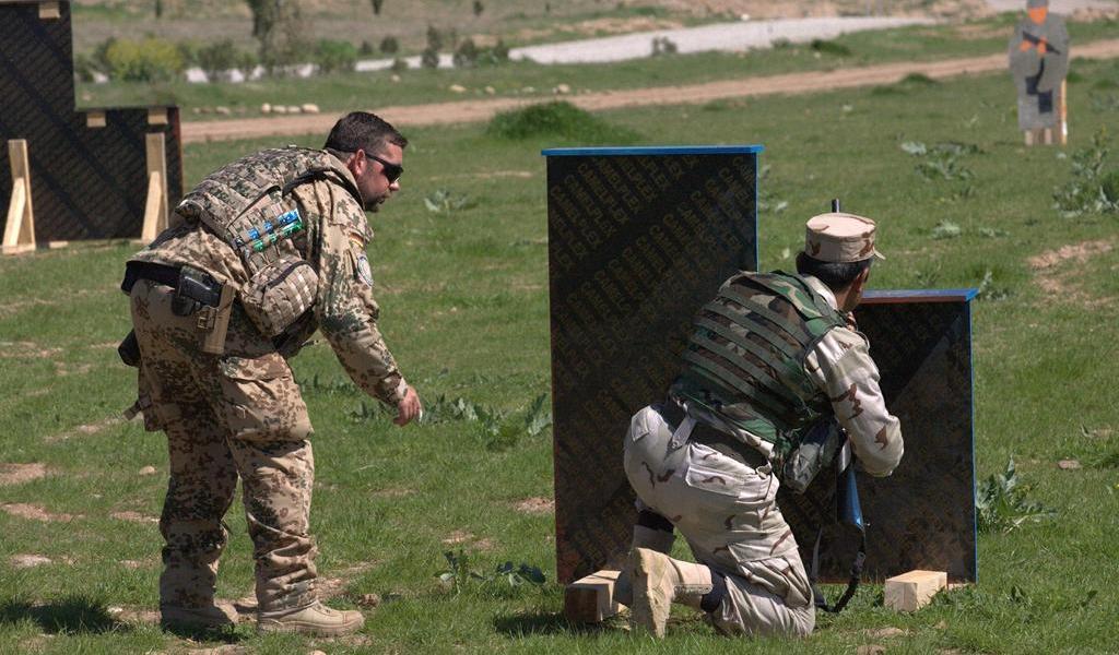 Coalición internacional suspende actividad mientras aclara su estatus en Irak