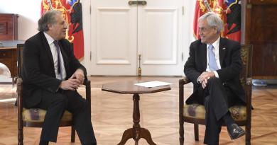 Almagro alaba a Piñera tras protestas en Chile