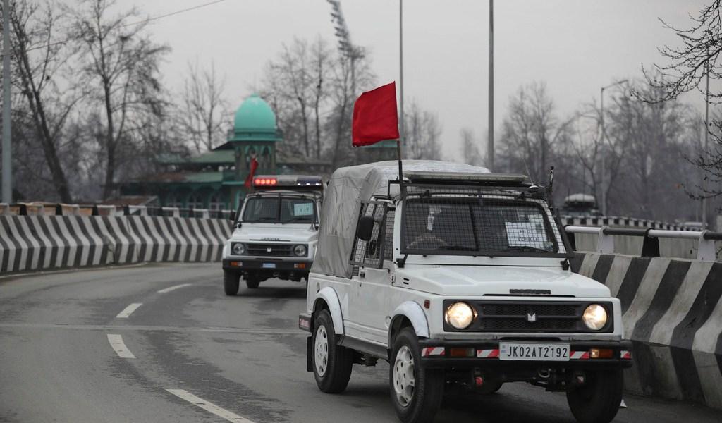 Permiten visitas a la Cachemira india